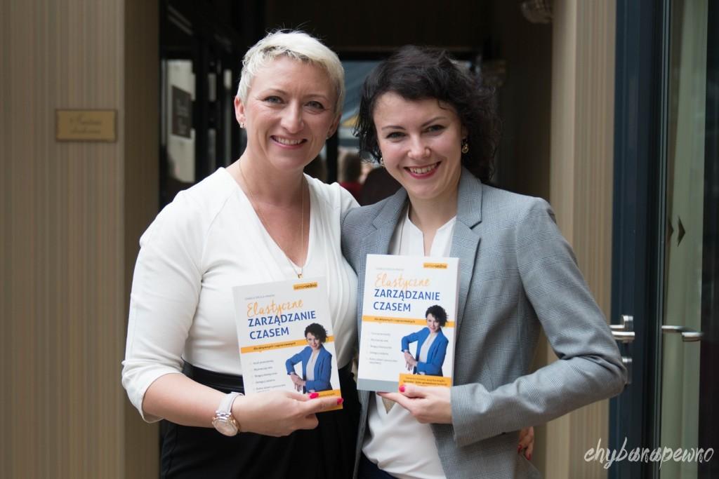 książka o zarządzaniu czasem i organizacji pracy o tytule Elastyczne Zarządzanie Czasem autorka Iza Krejca-Pawski
